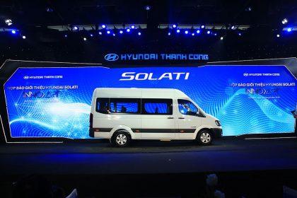 Hyundai Solati 16 Chỗ Có Gì Để So Sánh Với Ford Transit