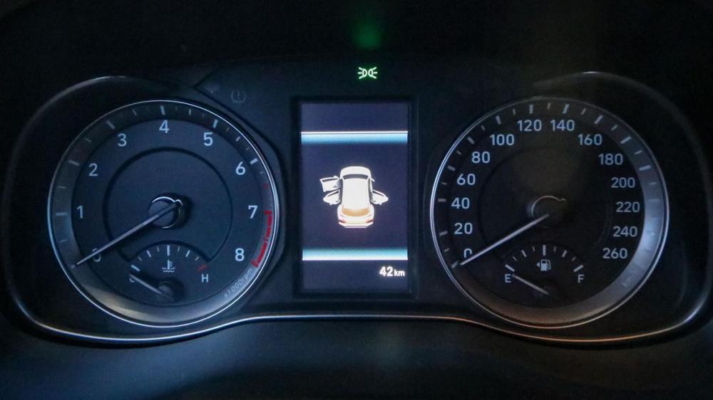 Hình Ảnh Hyundai Kona - Gầm Cao, Máy Thoáng Và Mạnh Mẽ 9
