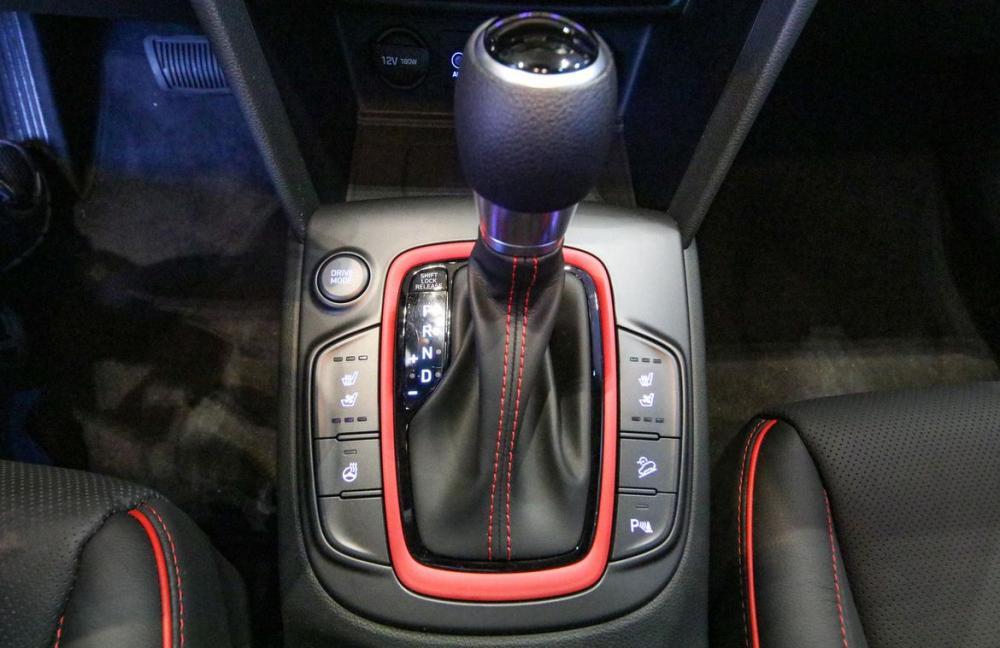 Hình Ảnh Hyundai Kona - Gầm Cao, Máy Thoáng Và Mạnh Mẽ 11