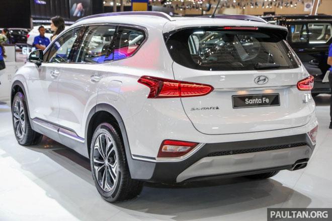 Hình Ảnh Hyundai SantaFe 2019 Hiện Đại Và An Toàn Hơn 20