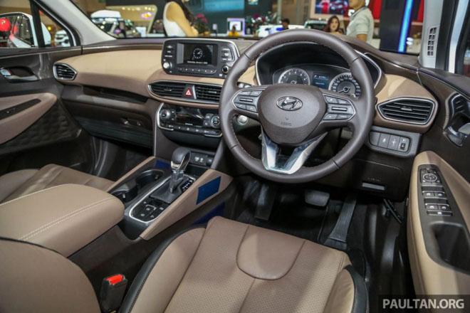 Hình Ảnh Hyundai SantaFe 2019 Hiện Đại Và An Toàn Hơn 22
