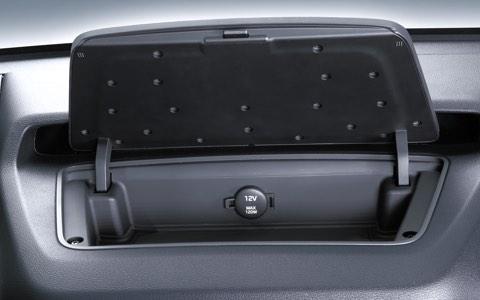 Hình Ảnh Hyundai Solati 16 Chỗ Có Gì Để So Sánh Với Ford Transit 8