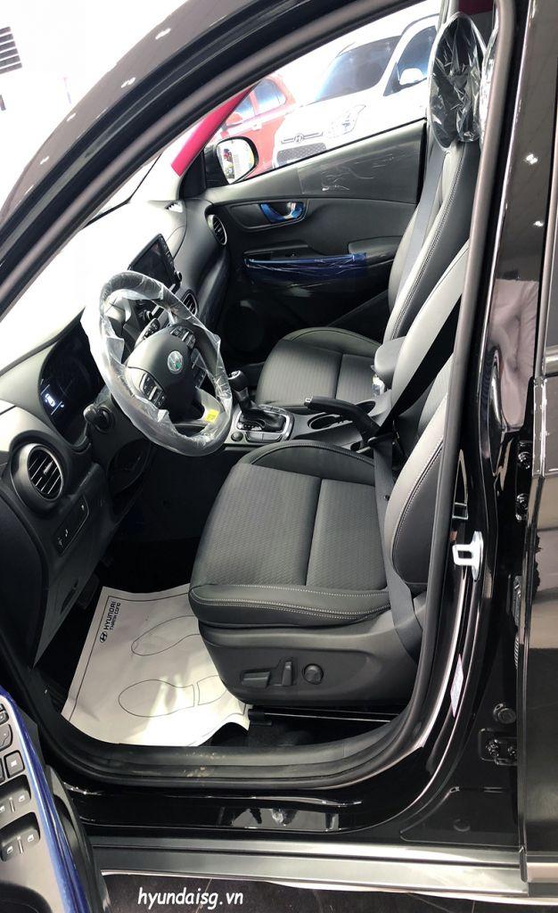 Hình Ảnh Hình Ảnh Xe Hyundai Kona Màu Đen 30