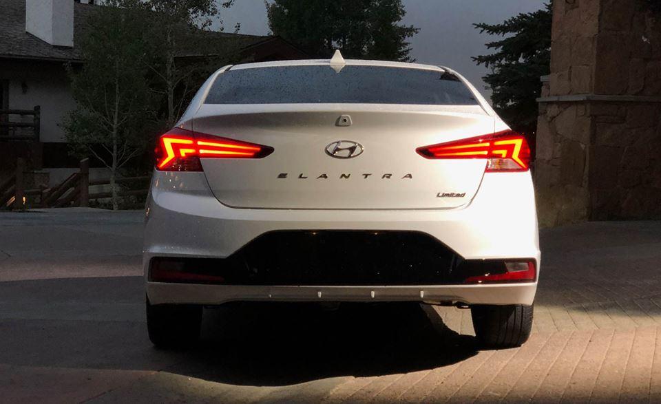Hình Ảnh Hình Ảnh Thực Tế Của Hyundai Elantra 2019 13