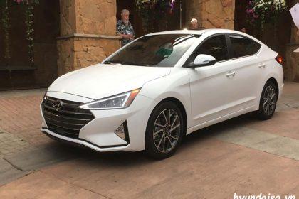 Hình Ảnh Hyundai Elantra 2019 Trắng