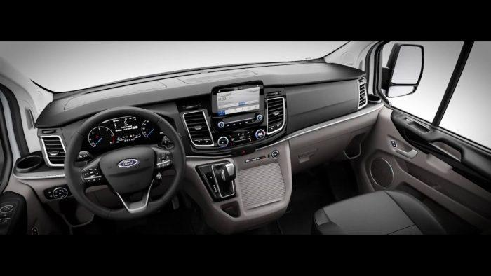 Hình Ảnh Nội thất của Hyundai Solati có hiện đại hơn Ford Transit 3