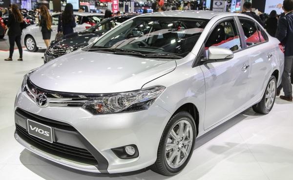 Hình Ảnh Sơ lược về Hyundai Accent và Toyota Vios 11
