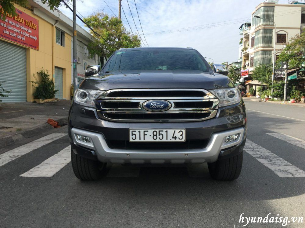 Ford Everest 2.4 AT Titanium