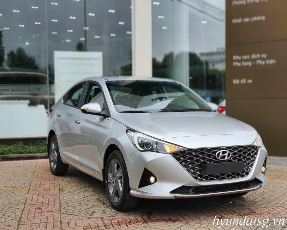 Hướng dẫn sử dụng xe Hyundai Accent cho người mới (model 2021)