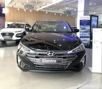 Hình ảnh Hyundai Elantra 2.0 màu đen