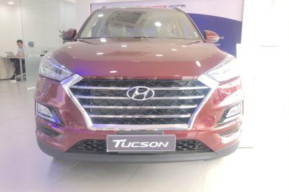 Hình ảnh Hyundai Tucson đặc biệt màu đỏ