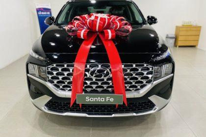Hình ảnh Hyundai Santafe 2021 màu đen (bản cao cấp)