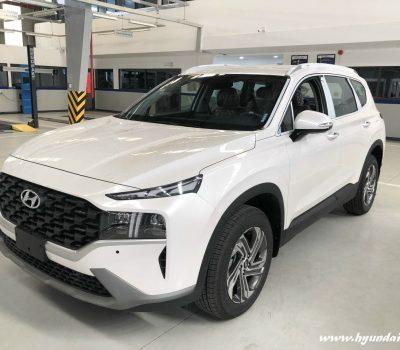 Hình ảnh Hyundai Santafe 2021 màu trắng (bản tiêu chuẩn)