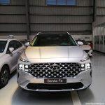 Hình ảnh Hyundai Santafe 2021 màu bạc (bản cao cấp)